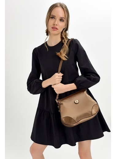 TH Bags TH Bags 28 x 23 x 15 cm Askılı Fermuarlı İÇ Cep Soft Saten Suni Deri Bakır Kadın Çanta Bakır